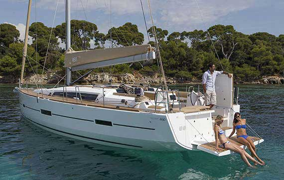 Luxury sailboat and yachts renting in Croatia (Šibenik), charter your sailing boat, hire a skipper.