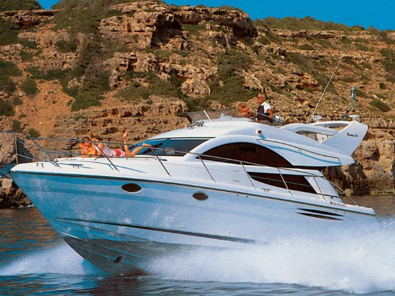 Motor boat Fairline Phantom 40 Fair Play (Jet ski - option with extra charge) - FOR SALE - Details